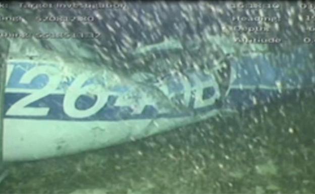 Resultado de imagen para Recuperado un cuerpo de la avioneta en la que se estrelló Emiliano Sala