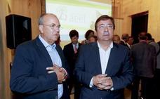 Una encuesta del PSOE da a Fernández Vara la victoria en las elecciones
