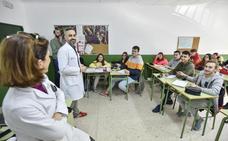Los alumnos del Asunción aprenden en clase a usar bien los medicamentos