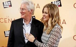 El actor Richard Gere y Alejandra Silva ya han sido padres