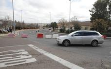 El corte de la rotonda de Pinilla en Cáceres se salda sin grandes atascos en su primer día