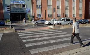 El Ayuntamiento de Badajoz reformará 200 pasos de peatones para hacerlos más accesibles