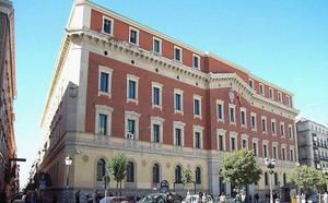El Tribunal de Cuentas ve demasiados funcionarios en comisión de servicio en la región