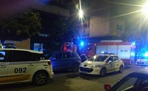 Evacúan un edificio en Badajoz por un incendio en una vivienda originado por la carga de un dron