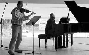 Concierto del dúo Ágora para celebrar San Valentín en la Hernán Cortés
