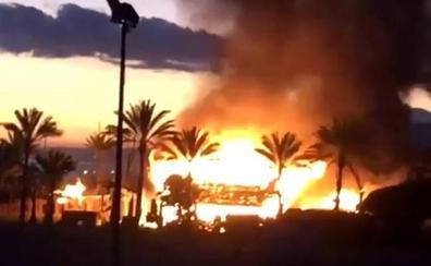 El famoseo de Marbella se queda sin chiringuito