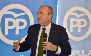 Monago no quiere un 'superdomingo' electoral en mayo