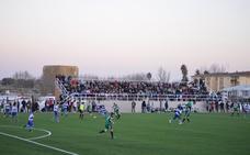 Un nuevo campo de fútbol amplía la ciudad deportiva de Villanueva
