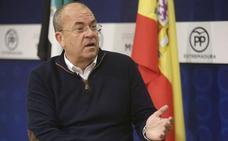 Monago critica la fecha electoral y asegura que el PP está preparado