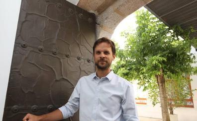 Álvaro Jaén culpa a los barones socialistas de ser los «peores pirómanos» del Gobierno de Sánchez