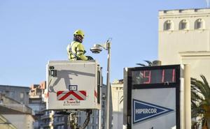 Veinte cámaras vigilan el tráfico en Badajoz