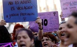 El juez encarcela a los padres acusados de maltratar a su bebé en Tarragona