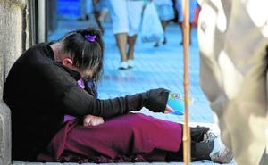 Multas de hasta 3.000 euros por ejercer la mendicidad en Cáceres