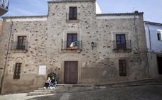 El Ateneo de Cáceres negocia cambiar su sede al Museo Municipal tras la reforma