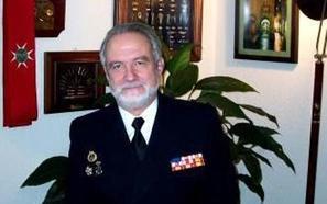 Conferencia del almirante José Ángel Sande Cortizo en Cáceres