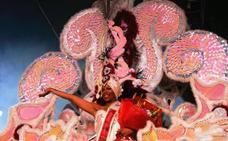 María Luisa Lamadrid, primera reina sénior del Carnaval de Navalmoral