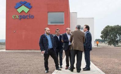 Las dos primeras empresas de Expacio Navalmoral crearán inicialmente unos 70 empleos