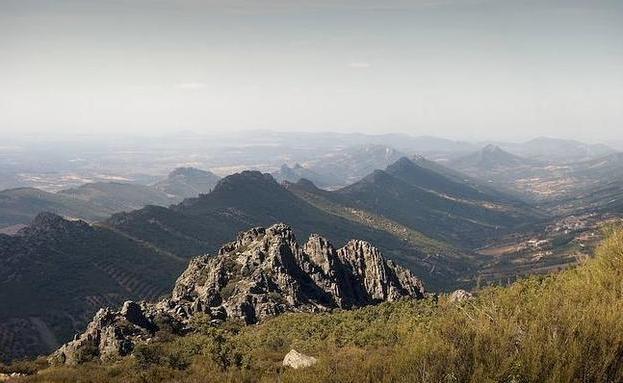 Sierras del Geoparque Villuercas-Ibores-Jara:. HOY/