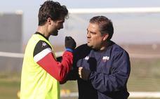 Eduardo Vílchez, segundo de Rodri, se perfila para dirigir al Extremadura este domingo
