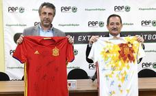 La FExF y la Fundación Ícaro lanzan sus 'camisetas salvavidas'