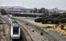 Renfe incorpora otros tres trenes S-599 para el servicio en Extremadura