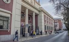 La elección de instituto tiene en vilo a cien familias de Valdepasillas y el centro