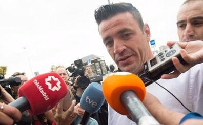 El abogado del dueño de la finca donde cayó Julen dice que su cliente es el «cabeza de turco»