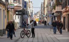 La calle Santo Domingo de Badajoz igualará aceras y calzada hasta Juan Carlos I