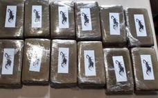 Tres detenidos tras lanzar 1,3 kilos de hachis desde un coche cerca de Puebla de Sancho Pérez
