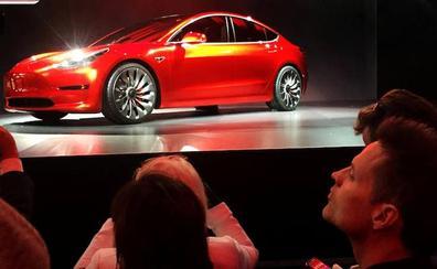 Tesla cerrará todas sus tiendas y concentrará sus ventas a través de internet