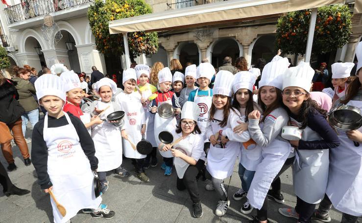 Los niños inician el Carnaval Romano