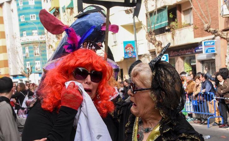 San Roque despide el Carnaval de Badajoz con tres horas de desfile