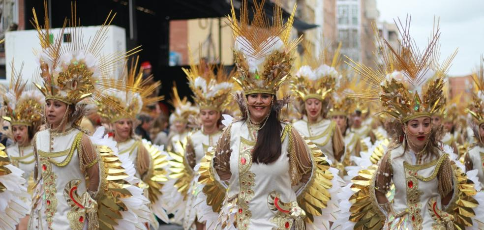 Moracantana gana el desfile de San Roque