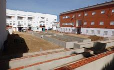 Las obras del huerto urbano intergeneracional de Castuera van a buen ritmo