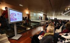 Extremadura invita a acabar con las desigualdades que separan a hombres y mujeres