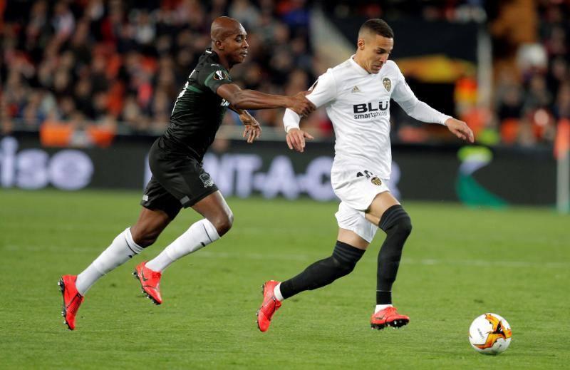 Rodrigo acelera pero el Valencia se frena en seco