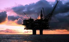 El fondo soberano de Noruega, el mayor del mundo, se retira de las compañías petroleras