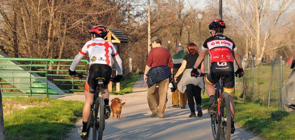 Ciclistas y peatones circularán separados en Extremadura