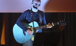 Javier Franco graba 'Menudo corazón' a favor de niños con cardiopatías congénitas
