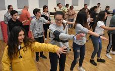 El Centro Joven organiza quedadas entre institutos y Aexpainba