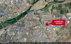 Un joven de 21 años resulta herido en una colisión entre un coche y una moto en Badajoz