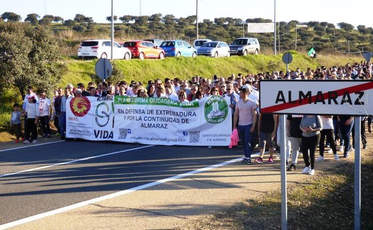 Almaraz vuelve a pedir diez años más para la central nuclear