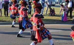 Los Bailongos de Miajadas conquistan el Domingo de Piñata de Ciudad Real