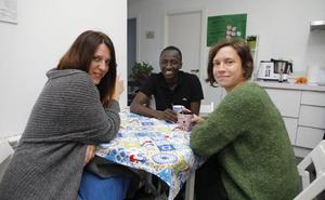 Los refugiados sufren trabas para alquilar una vivienda en Cáceres