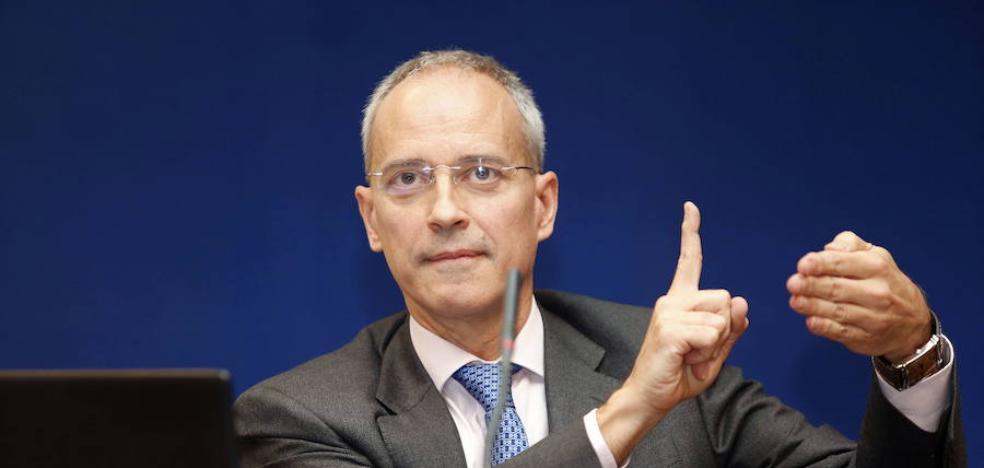 Hacienda estudia un carné por puntos para el IVA y una lista «blanca» de planes fiscales