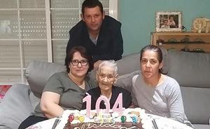 La vecina de Hornachos Petra Corcobado cumple 104 años