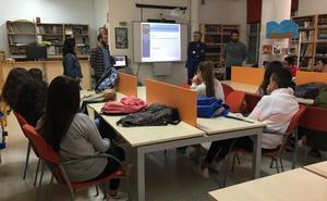 El IES Santiago Apóstol de Almendralejo organiza unas jornadas de orientación laboral general