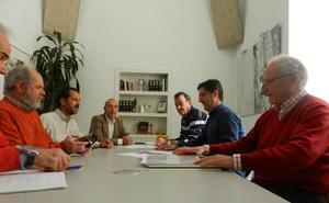 Mesa de trabajo para abordar el centro cultural multidisciplinar en Aldea Moret