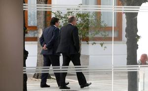 El PSOE renuncia a dar preferencia a los grandes proyectos empresariales en la región