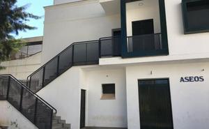 Los aseos de la Piedad hechos en 2015 en Almendralejo siguen cerrados